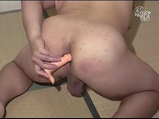 Chubby Asian Toying & Wanking