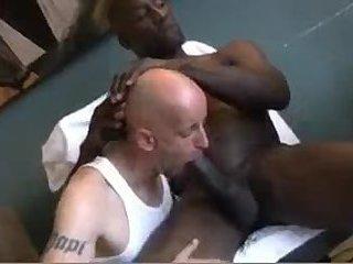 Chubby Interracial Guys Sucking Wanking