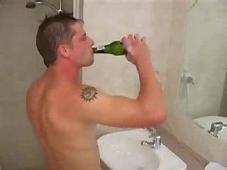 Matt 27 Brisbane Plumber Solo