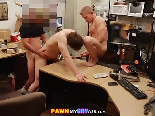 Amateur gays have sex in the office