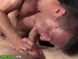 Straight masseur fucks