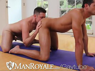 Muscle Studs Rimming & Fucking