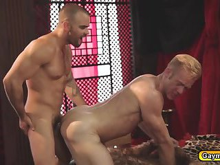 Gaymen King sucks big cock and loves anal fucking