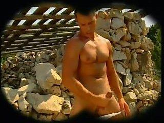 Muscle Guy Outdoor Masturbation