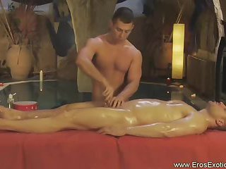 Beefy Guy Gets Handjob During Massage