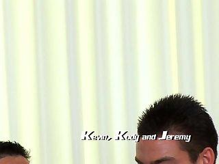 Kevin, Kody & Jeremy Threeway Wanking