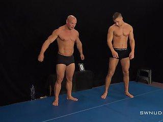 Arny vs Roco Wrestling