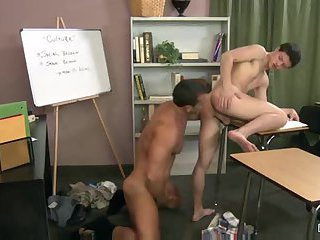 [GVC 038] Hot Beefy Guys Banging