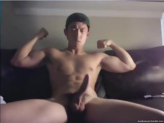 [GVC 078] Muscly Asian Jerking Off