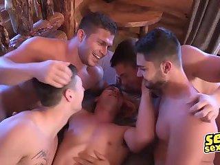 Holiday season blowjob and anal bareback for gay groupies