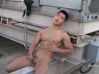 [GVC 228] Asian Guy Jerking Off