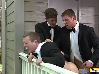 Hot gay threesome while wedding party waits