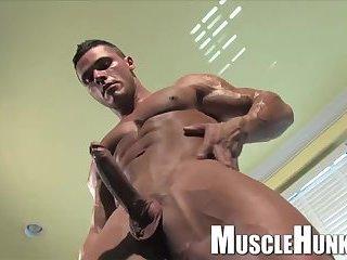 Gay male bodybuilder videos