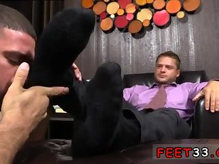 Tyrell's Sexy Feet Worshiped