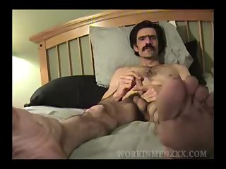 Mature Amateur Andy Beating Off