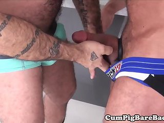 Muscle bear barebacks and sucks in fourway