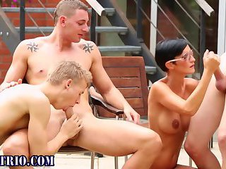 Luscious hunks in tats threeway fuck