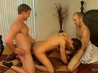 An Accidental Threesome - Jacob Wright, Marcus Mojo And Turk Mason