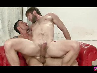 Colby Keller pump Jay Roberts bigcock on couch