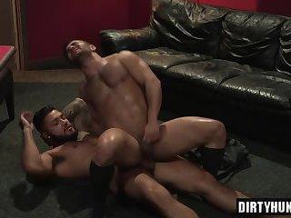 Muscle bear anal sex and facial cum