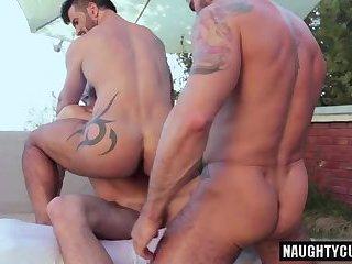 Billy gets asshole filled by zack long boner