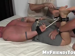 Big mucle Aaron Bruiser is tied up and tickle tortured