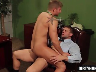 Muscle gays oral sex with cumshot