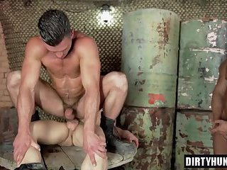 Muscle son oral sex with cumshot