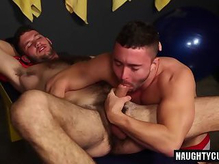 Big dick jock oral sex and cumshot