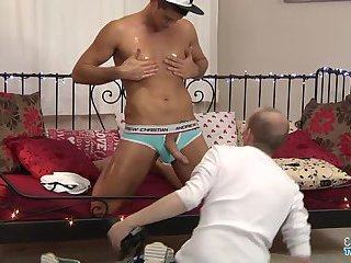 Hung Young Stud Gets Horny - Felix Chase