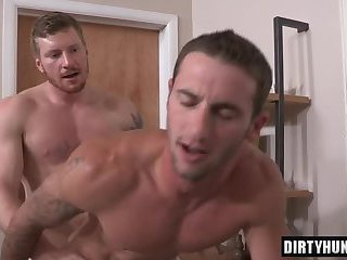 Muscle gay flip flop and creampie