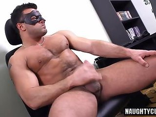 Big dick gay blowjob and cumshot