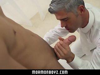 MormonBoyz-Sub bottom boy submits to daddy raw