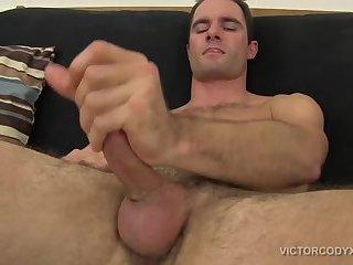 Cameron Kincade Beats His Meat