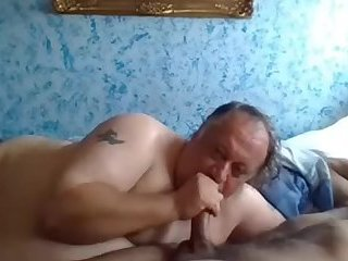 Daddy Likes to Suck