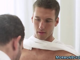 Muscly sucked mormon cums