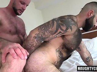 Hairy bear flip flop with cumshot