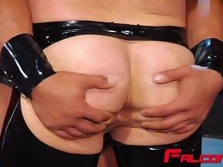 Fat cock destroying tight butt