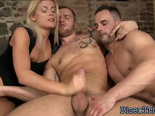 Bisex dude giving head