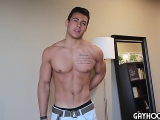 Handsome Hunk Taylor Shift JERKS His COCK For You
