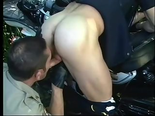 Even Cops craving Some Road Side Type Of Assistance