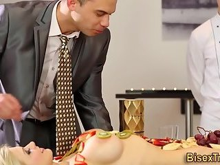 Assfucking studs getting dicksucked by babe