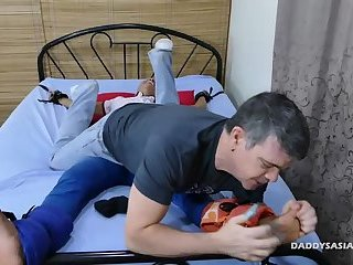 Daddy Barebacks Asian Boy Russel