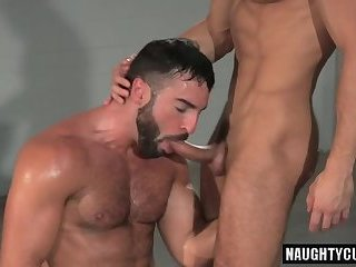 Muscle wolf a hole bang and cumshot