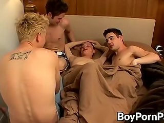Dudes coming together in bed to slam and bum each other