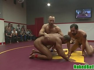 Wrestling hunks blowing each others dick