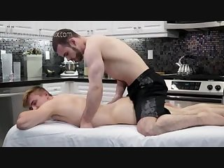 Massage gay pennis