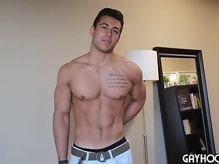 stylish Hunk Taylor Shift JERKS His penis For you
