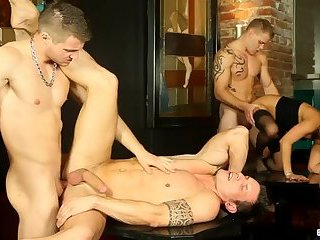 Gays and girls orgy in strip club 3