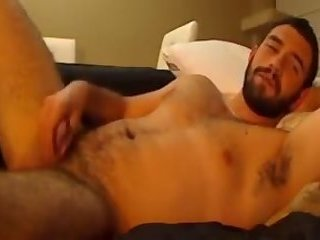 Chatty cam stud tells a story and fucks his ass